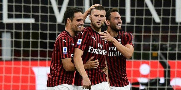 Hakan'lı Milan'dan müthiş dönüş! Juve'yi yıktılar