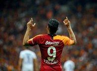 Galatasaray Falcao ile kazandı sosyal medya çıldırdı!