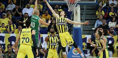 Fenerbahçe Doğuş ligde liderliği bırakmıyor