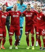 Süper Lig'de zirveye çıktı! Sivasspor'un yerlileri...