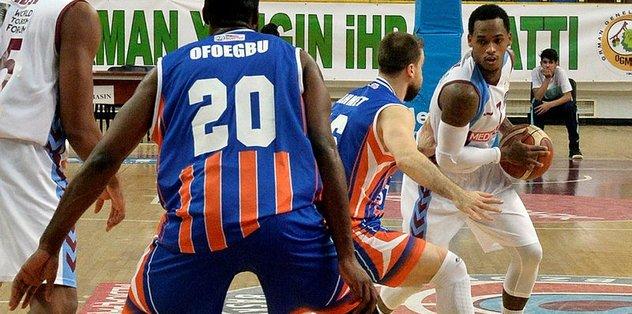 Muratbey Uşak, Ofoegbu ile anlaştı