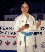 Kendini korumak için başladığı karatede Avrupa şampiyonu oldu