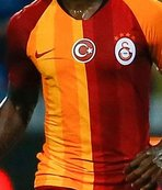 Duyurdular! Galatasaray o yıldız için transfer görüşmesine başladı