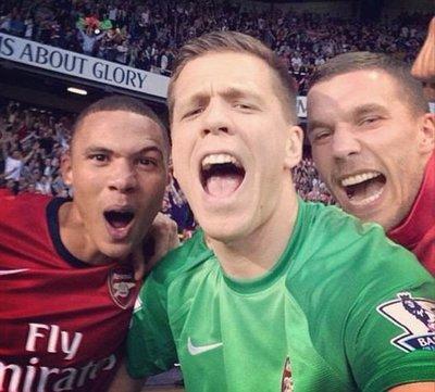 Futbolculardan 'selfie' fotoğraflar