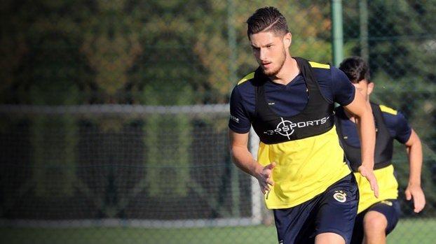 Fenerbahçe'nin genç oyuncusu Okan Turp İtalya yolcusu!