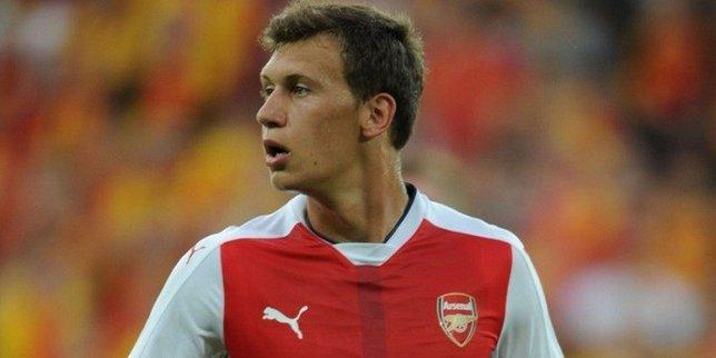 Galatasaraya Arsenalden stoper: Krystian Bielik