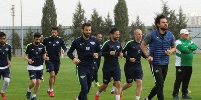 Akhisarspor, Başakşehir maçıyla tırmanışa geçecek