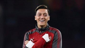 İşte Mesut Özil'in imza töreni! Böylesi görülmedi