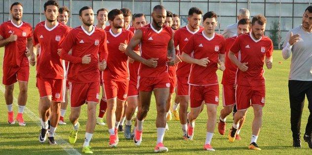 Sivasspor'da yeni sezon hazırlıkları sürüyor