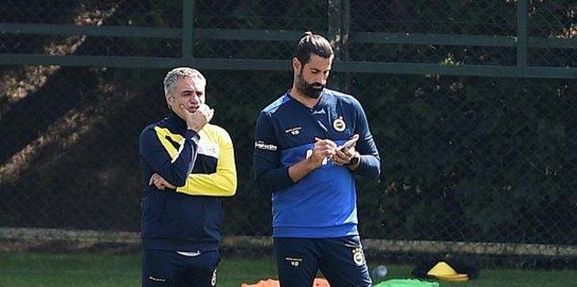 Volkan Demirel'in ilk hediyesi! Süper forvet Fenerbahçe'ye