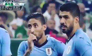 Luis Suarez çıldırdı!