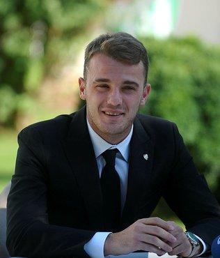 Bursaspor, genç kaptanı Ertuğrul Ersoy ile sözleşme uzattı