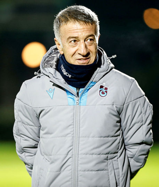 Ahmet Ağaoğlu müjdeyi resmen duyurdu! 2 yıldız ile sözleşme...