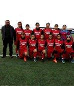 Bayan futbol takımı destek bekliyor