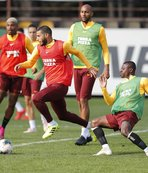 Galatasaray'da derbi hazırlıkları sürüyor! Falcao ve Feghouli...
