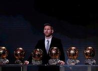 Ballon d'Or ödülünün sahibi Lionel Messi!
