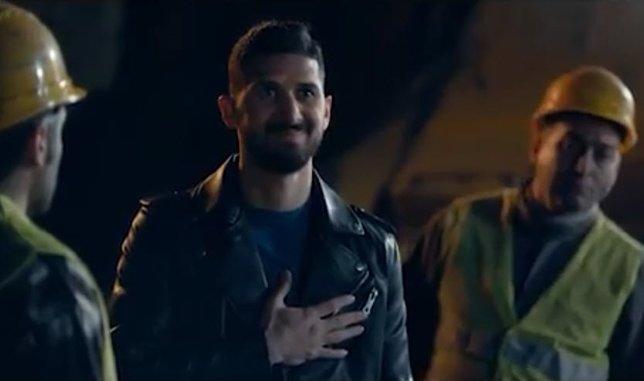 Emre Akbaba ve Metin Oktay temalı reklam!