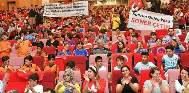 Çukurova Belediyesi'nden amatör spor kulüplerine yardım