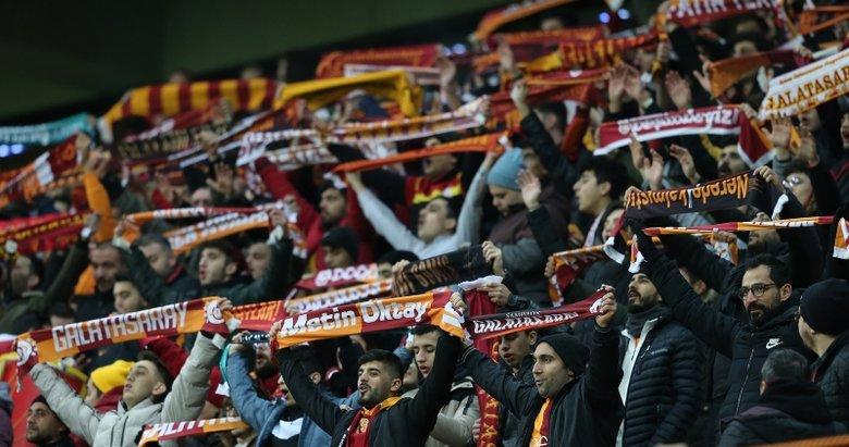 Galatasaray tribününde Arda Turan detayı!