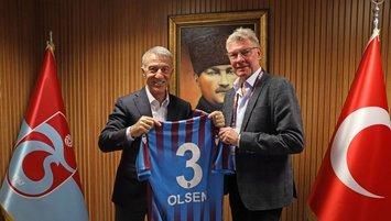 Lars Olsen kulübü ziyaret etti