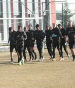 Eskişehirspor hazırlıklara ara vermeden başladı