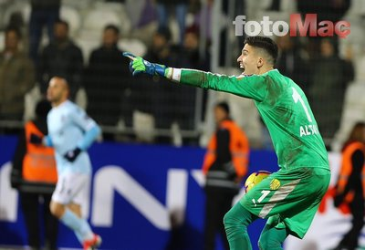 Galatasaray Altay Bayındır'ı bitirdi