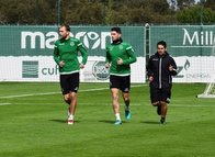 Bas Dost takım arkadaşı Piccini ile Fenerbahçe'ye geliyor!