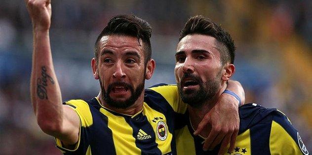 Fenerbahçe'de sol bekte plase Isla
