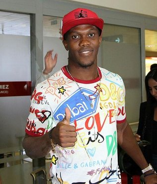 Trabzonspor Antony Nwakame'yi KAP'a bildirdi