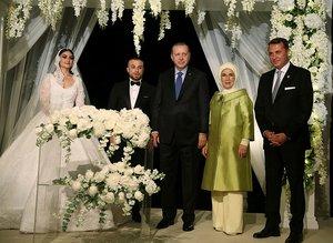 Cumhurbaşkanı Erdoğan, Gökhan Töre'nin düğününde