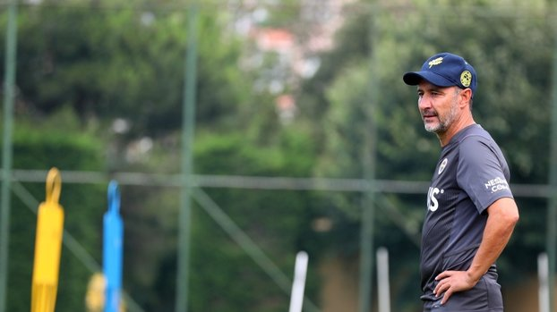 Son dakika FB haberleri | Fenerbahçe'de Vitor Pereira yeni sezon 11'ini belirledi!