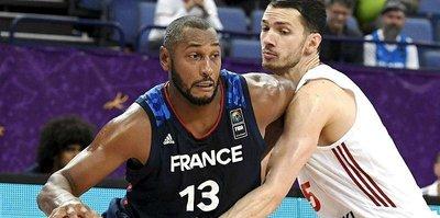 Fransa turladı