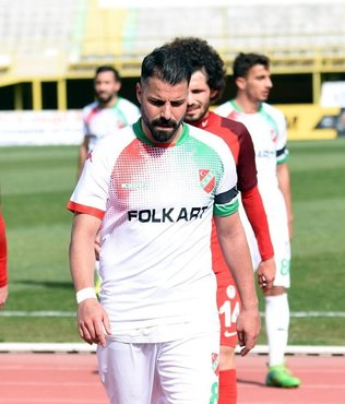 Karşıyaka'da Mahmut kadro dışı