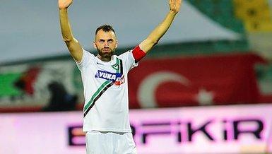 Son dakika spor haberi: Denizlispor'da Mustafa Yumlu da takımdan ayrıldı!