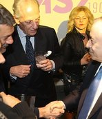 Mustafa Cengiz'in elini sıkmadı salon buz kesti!