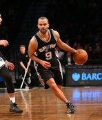 Spurs Tony Parker'ın formasını emekli ediyor