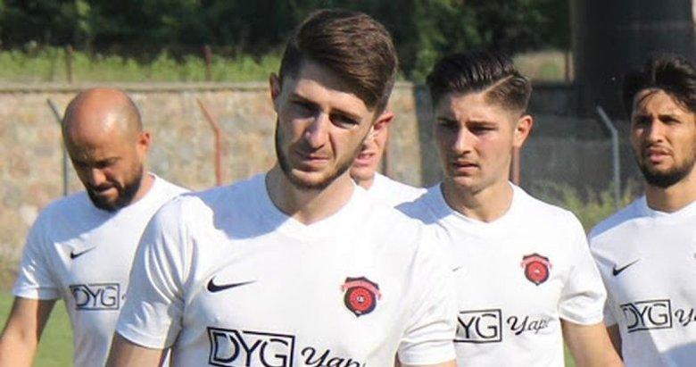 Fenerbahçe'nin yeni transferi İsmail Yüksek formayı giydi