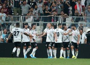 Beşiktaş'a golcü transferinde iki rakip!