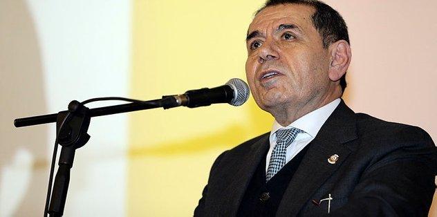 Dursun Özbek'ten Galatasaray'a bağış...