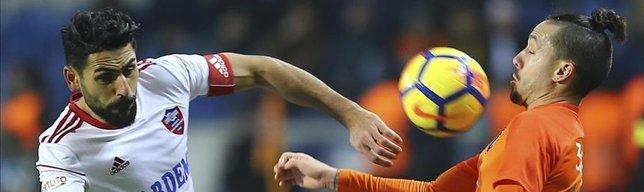 Basaksehir dominate Karabukspor to top league