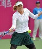 Sharapova Çin'de finalde