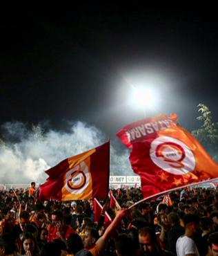 Danimarka'da Galatasaray'ın şampiyonluk kutlaması