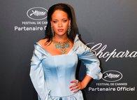 Rihanna'dan Super Bowl'a ret!