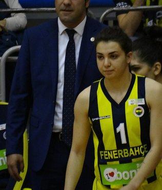 Onu Galatasaray kaptı! Fenerbahçe'de oynayan Pelin Bilgiç...