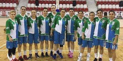 """İzmit Belediyespor Kadın Basketbol Takımı, gözünü """"play-off""""a dikti"""