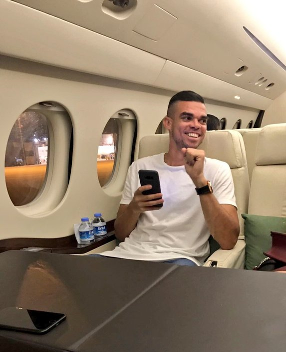 Pepe transferi Avrupa'yı salladı