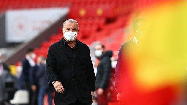 Son dakika Galatasaray haberi: Fatih Terim takımı iyi yönetemedi! İşte İmparator'un 6 hatası... #