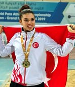 Esra Bayrak'tan altın madalya