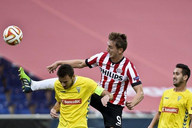 Fenerbahçe Luuk de Jong'u takibe aldı! Sezon sonunda...