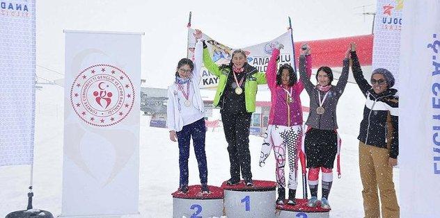 Analig Kayak Yarışları Tamamlandı